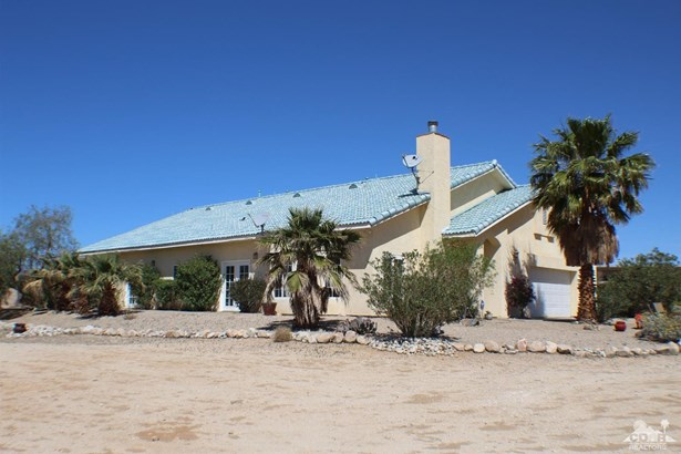 14997 Mcgarger Road, Desert Hot Springs, CA - USA (photo 2)