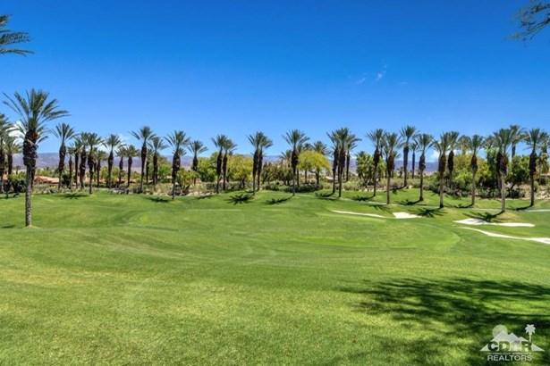 Condo Detached - Palm Desert, CA (photo 2)