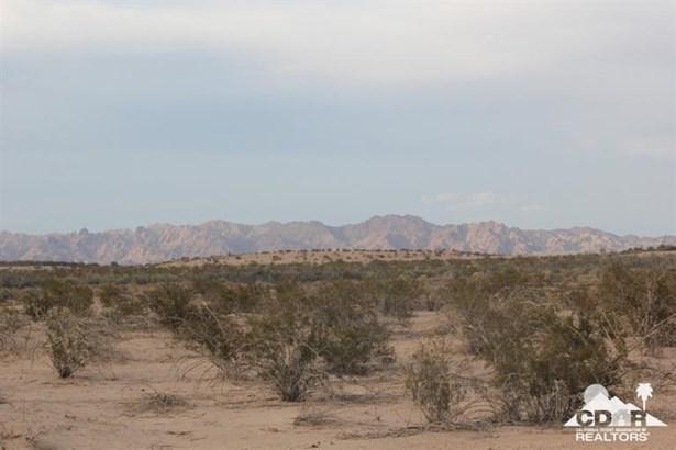 Lots and Land - Niland, CA