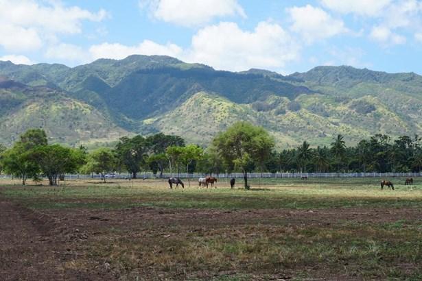 68-419 Farrington, Waialua, HI - USA (photo 1)