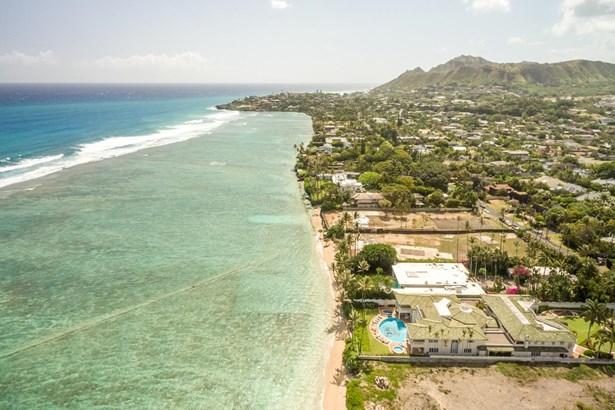4585 Kahala Avenue, Honolulu, HI - USA (photo 5)