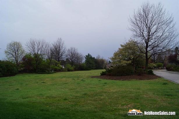 Att Res/Condo/TH Lot - Lincoln, NE (photo 2)