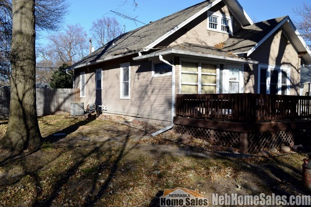 1.50 Story, Detached Residential - Milford, NE (photo 4)