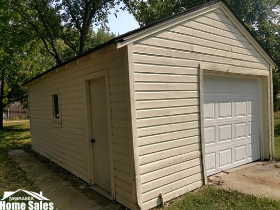 1.50 Story, Detached Residential - Lincoln, NE (photo 2)