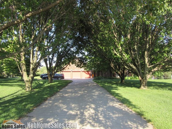1.00 Story, Detached Residential - Lincoln, NE (photo 2)