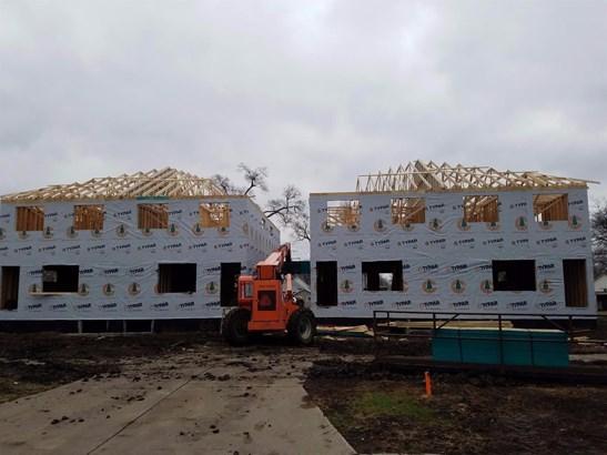 Income Property - Lincoln, NE (photo 2)