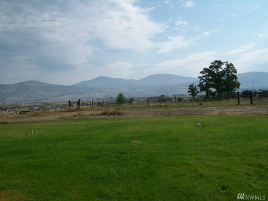 26 Robinson Canyon Rd, Omak, WA - USA (photo 1)