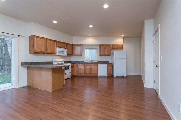 4141 W Garnet, Boise, ID - USA (photo 5)