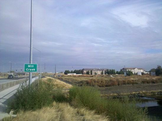 000 Ne Myra Road, Walla Walla, WA - USA (photo 1)