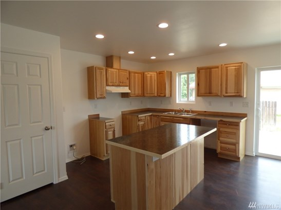 703 Willow Lane, Omak, WA - USA (photo 3)