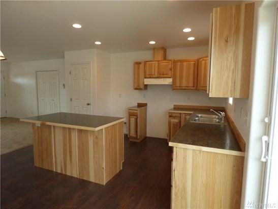 703 Willow Lane, Omak, WA - USA (photo 4)