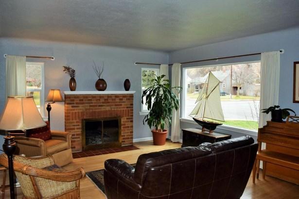 546 Woodworth Avenue, Missoula, MT - USA (photo 5)