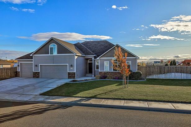990 Topaz Ave, West Richland, WA - USA (photo 2)