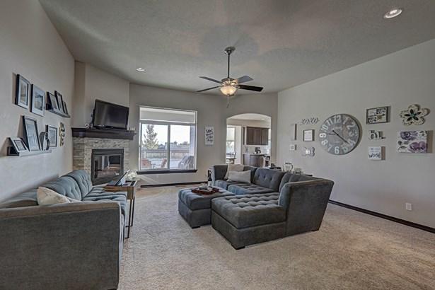 990 Topaz Ave, West Richland, WA - USA (photo 5)