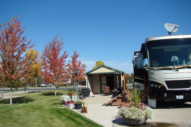 1205 N Country Club Dr Site 133, Deer Park, WA - USA (photo 1)