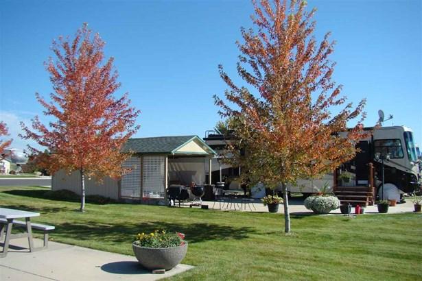 1205 N Country Club Dr Site 133, Deer Park, WA - USA (photo 4)