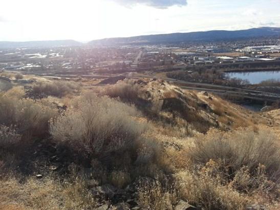 660 Riverview Rd, Yakima, WA - USA (photo 4)