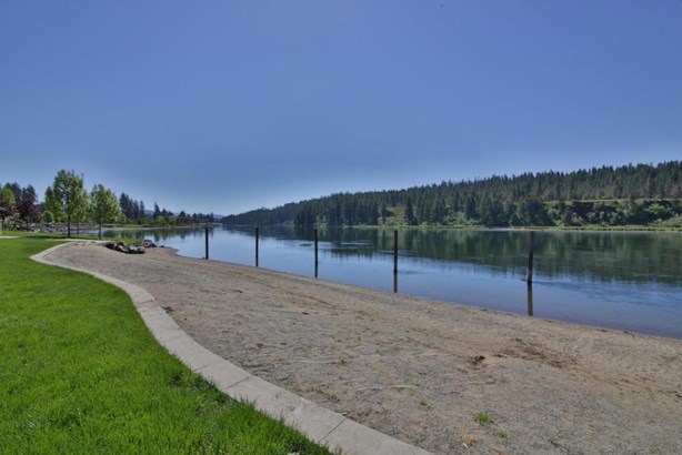 4181 W Woodhaven Loop, Coeur D'alene, ID - USA (photo 5)
