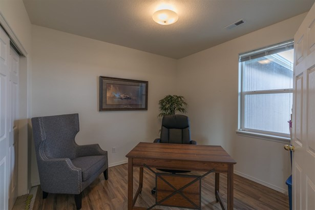 328 S Campbell St, Airway Heights, WA - USA (photo 5)