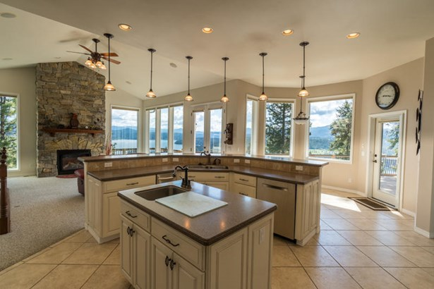 5044 S Brentwood Ln, Coeur D'alene, ID - USA (photo 4)