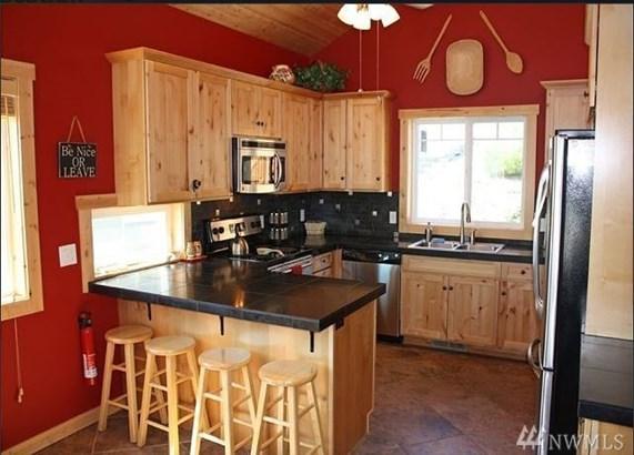 15884 S Lakeshore Rd, Chelan, WA - USA (photo 2)