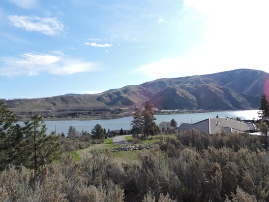 15330 Lakeview St, Entiat, WA - USA (photo 3)
