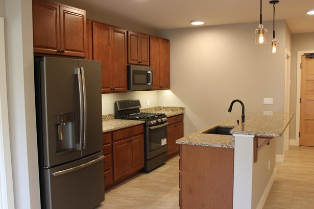 865 Wyoming Street Suite 206, Missoula, MT - USA (photo 5)