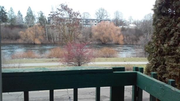 2121 E Upriver Dr 4, Spokane, WA - USA (photo 2)