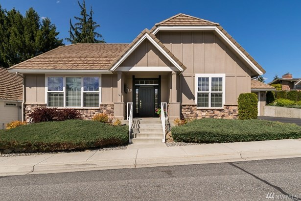 1494 Eastmont Ave 13, East Wenatchee, WA - USA (photo 1)