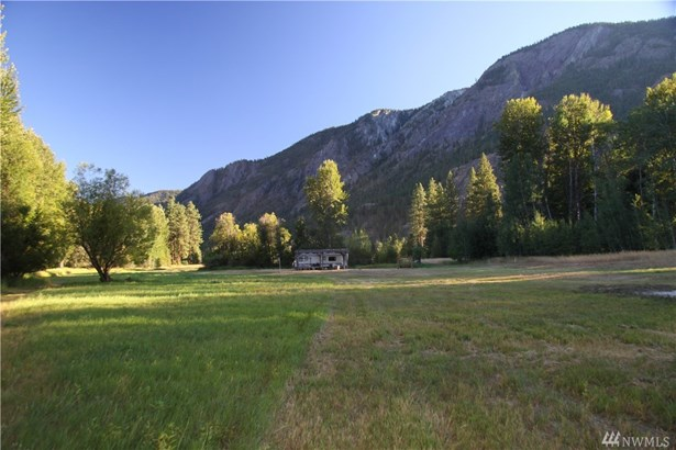 18279 Highway 20, Mazama, WA - USA (photo 2)