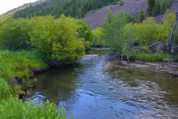 595 East F East Fork Rd, Ketchum, ID - USA (photo 5)
