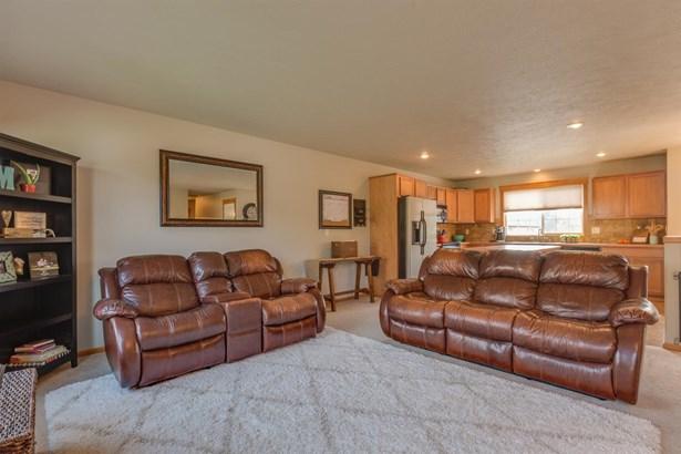 4602 N Hutchinson Ln, Spokane, WA - USA (photo 2)