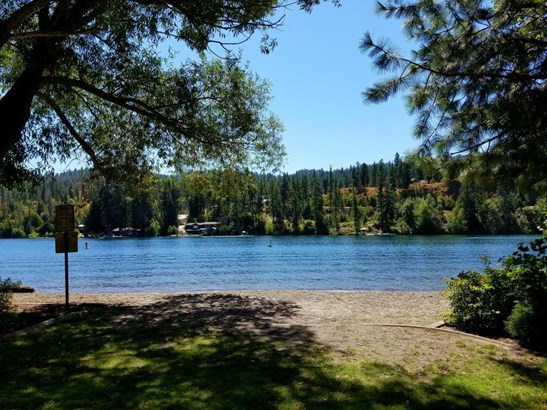 5221 E Shoreline Dr, Post Falls, ID - USA (photo 2)