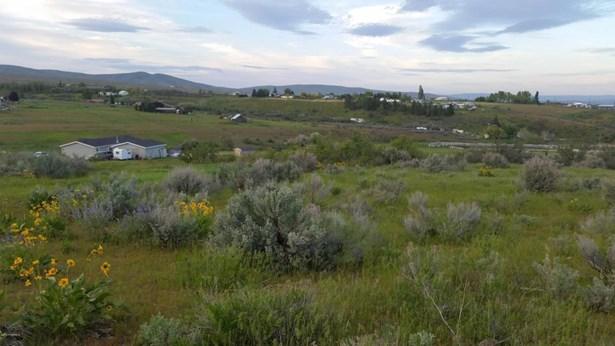 Nka Mini Pines Rd, Yakima, WA - USA (photo 3)