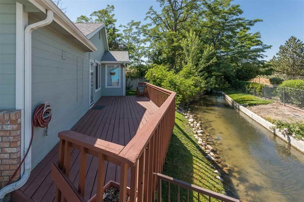 5543 N Willowcrest Place, Garden City, ID - USA (photo 4)