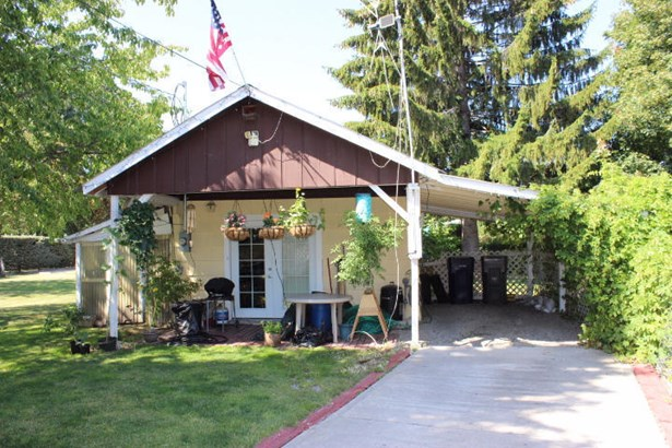 81380780 N Division Ave, Sandpoint, ID - USA (photo 2)
