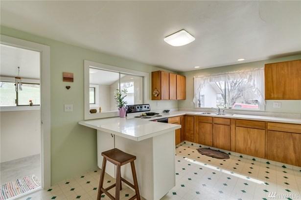 2495 Nw Columbia Ave, East Wenatchee, WA - USA (photo 3)