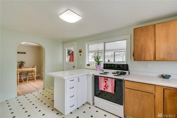 2495 Nw Columbia Ave, East Wenatchee, WA - USA (photo 5)