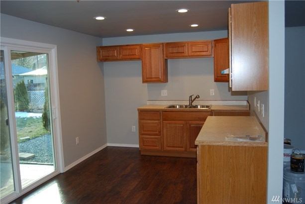 505 W 4th St, Omak, WA - USA (photo 3)