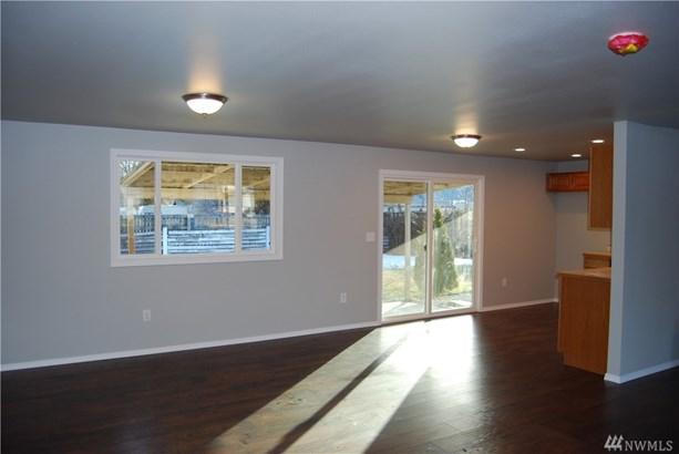 505 W 4th St, Omak, WA - USA (photo 5)