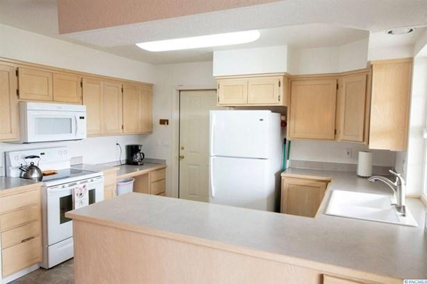 2312 W 8th Place, Kennewick, WA - USA (photo 4)