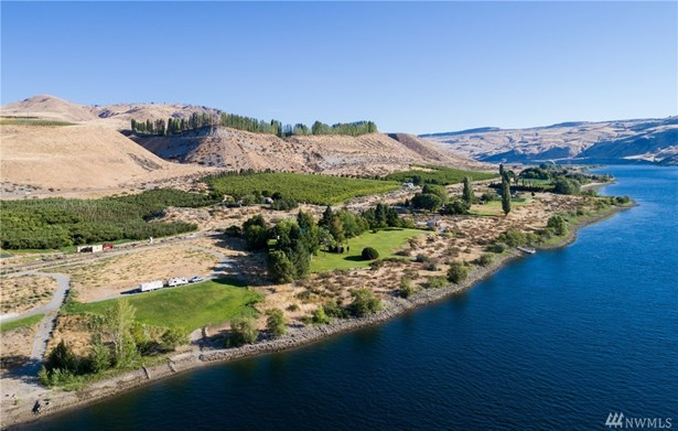 24634 Us 97, Chelan, WA - USA (photo 1)