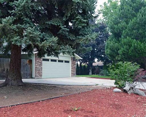 10640 Mohawk Drive, Boise, ID - USA (photo 3)