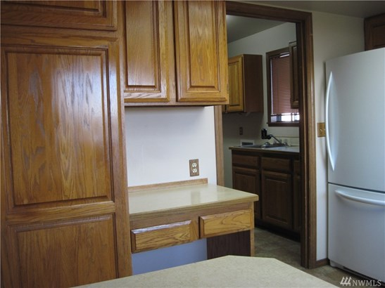 545 W Edgewater Lane, Moses Lake, WA - USA (photo 2)