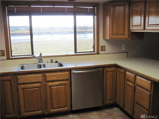 545 W Edgewater Lane, Moses Lake, WA - USA (photo 4)
