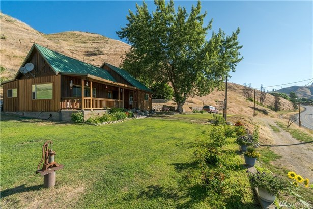 1065 State Hwy 153, Methow, WA - USA (photo 2)