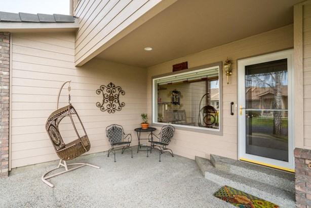 1380 Eastmont Ave, East Wenatchee, WA - USA (photo 2)