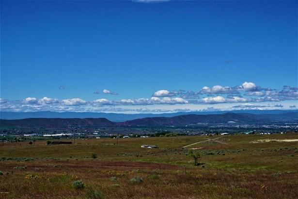 Nka St. Hillaire Rd, Yakima, WA - USA (photo 1)