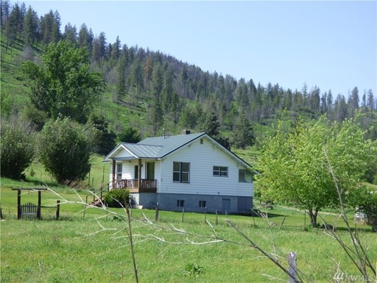 453 A Pine Creek Rd, Tonasket, WA - USA (photo 1)