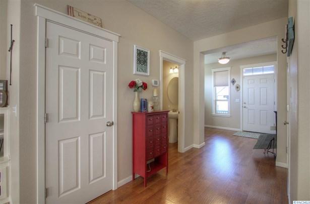 6469 Sapphire St, West Richland, WA - USA (photo 3)